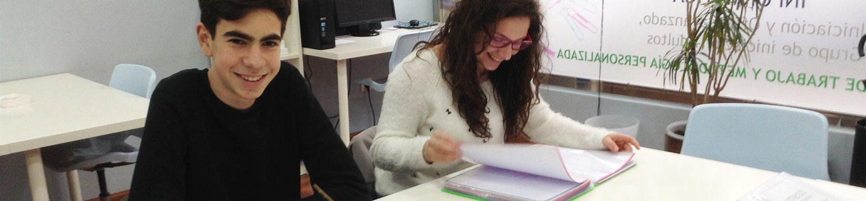 Alumnos en el Centro de Estudios